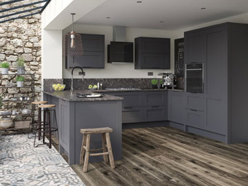 Fitted kitchen shown in Mornington Shaker Graphite
