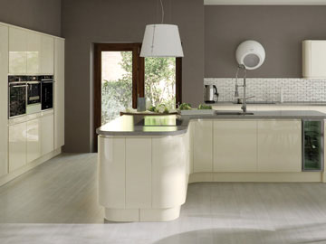 Fitted kitchen shown in Strada Ivory
